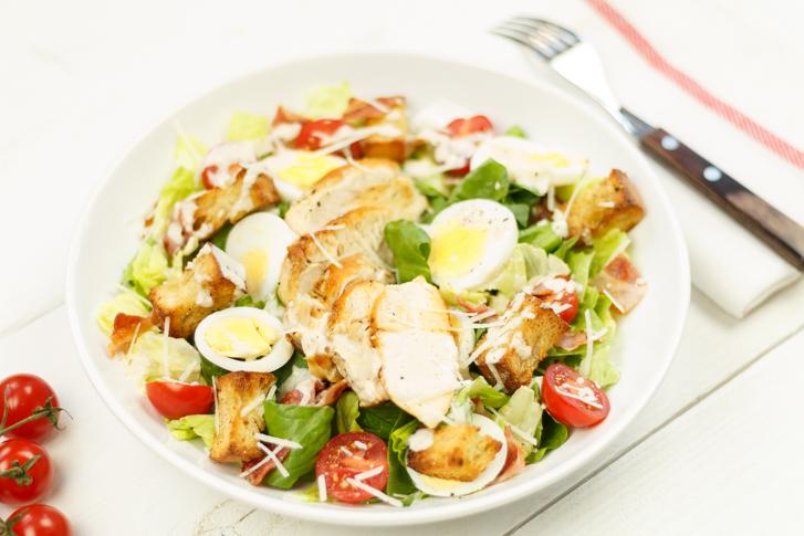 Recept caesar salade met kip en croutons