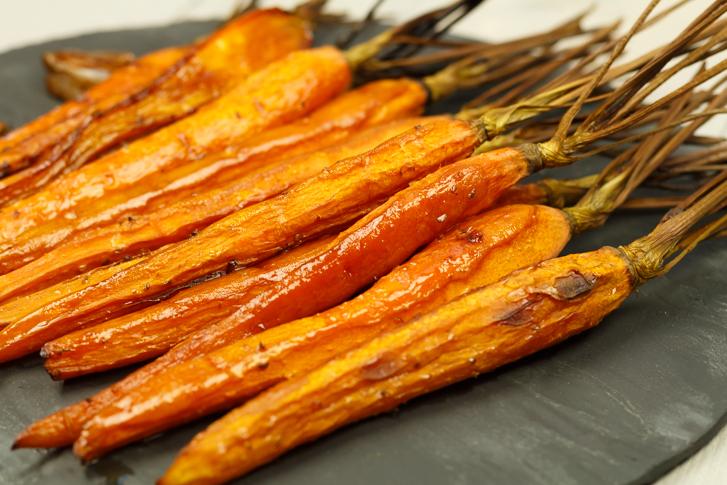Gekarameliseerde wortels uit de oven