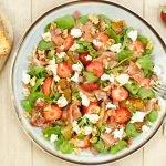 Salade met geitenkaas, Serranoham en aardbei