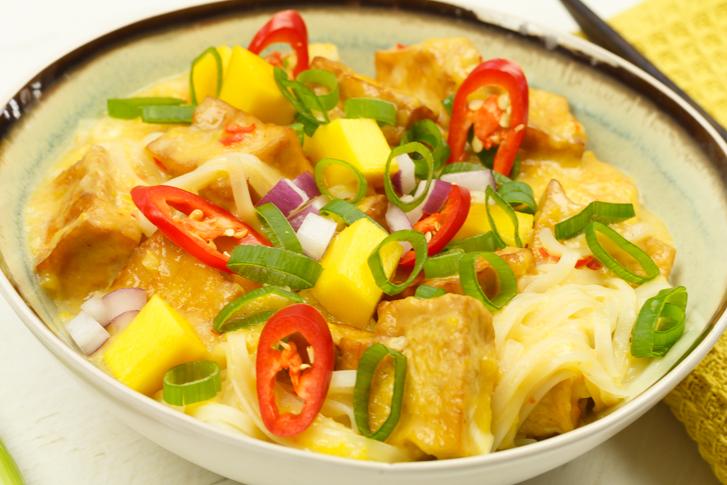 Recept noedels met tofu in mangosaus
