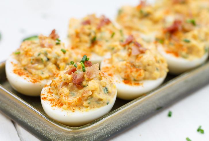 gevulde eieren anno nu - borrelhapjes recept | smaakmenutie