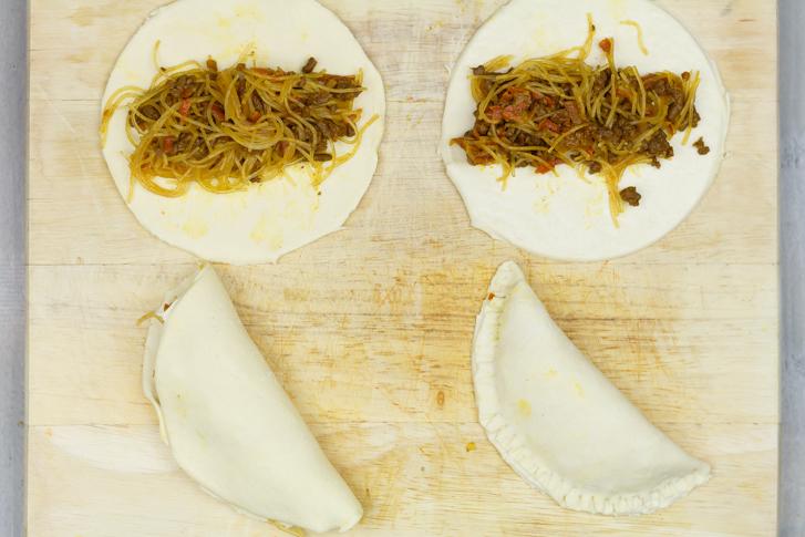 Indische pasteitjes maken
