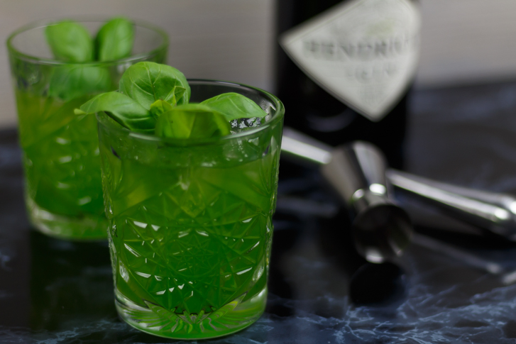 Basil smash cocktail