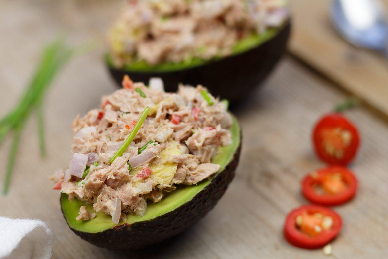 Gevulde avocado met tonijn