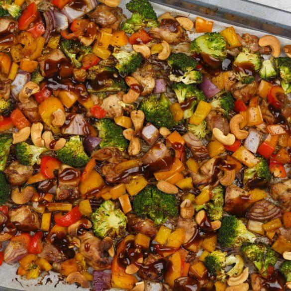 Oosterse ovenschotel kip met groenten