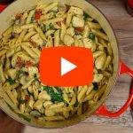 Pasta met kip en champignons in romige saus