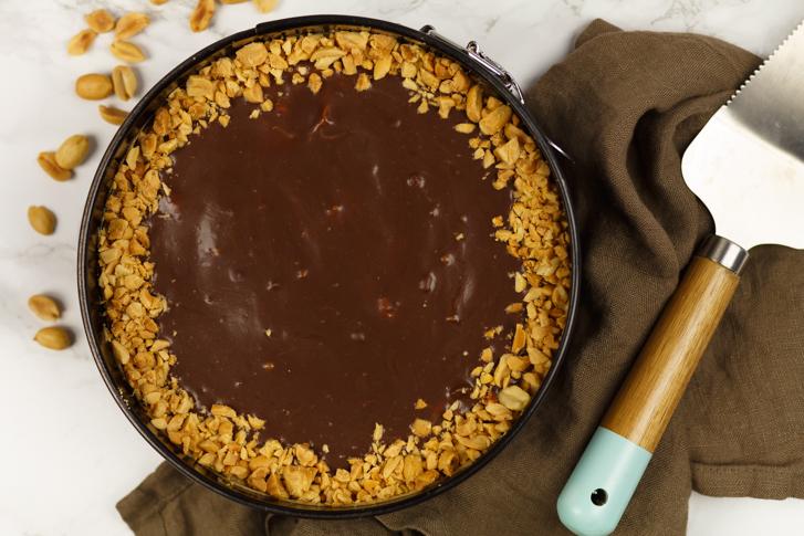Tony's Chocolonely pindakaas cheesecake recept