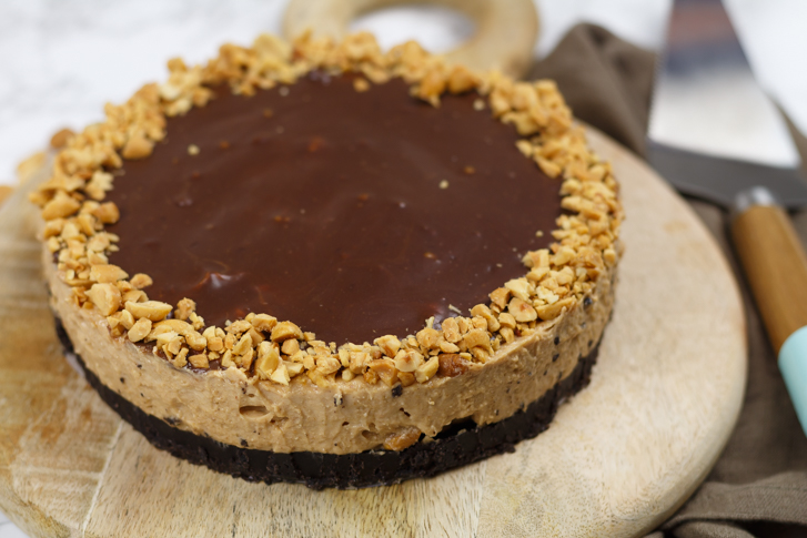 Tony's Chocolonely pindakaas cheesecake maken