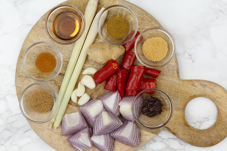 Ingrediënten Massaman currypasta