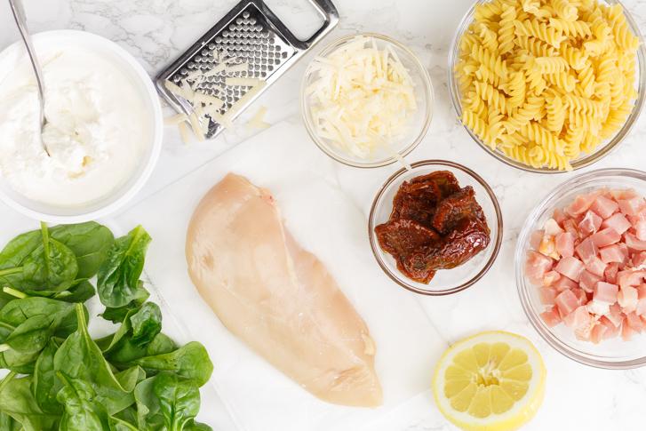 Ingrediënten pasta spinazie