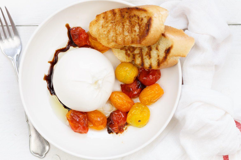 Burrata met geroosterde tomaten