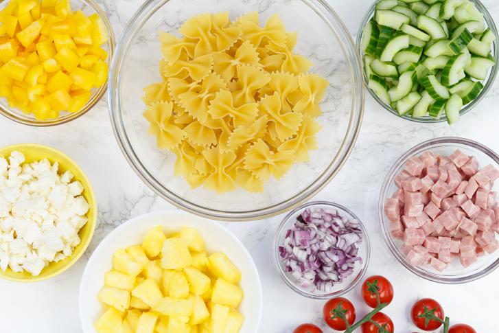 Ingrediënten Hawaiiaanse pastasalade