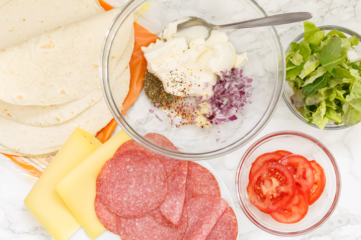 Ingrediënten Italiaanse wraprolletjes