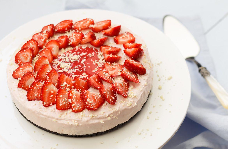 No-bake aardbeien cheesecake