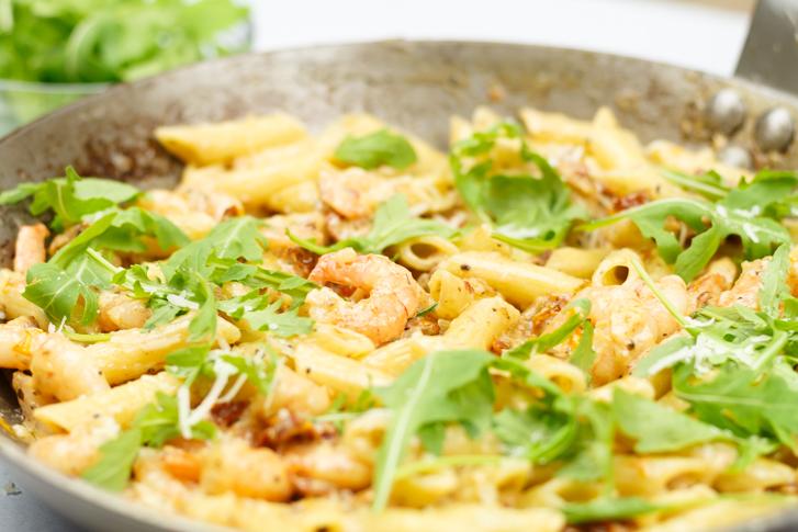 Pasta met garnalen in romige saus