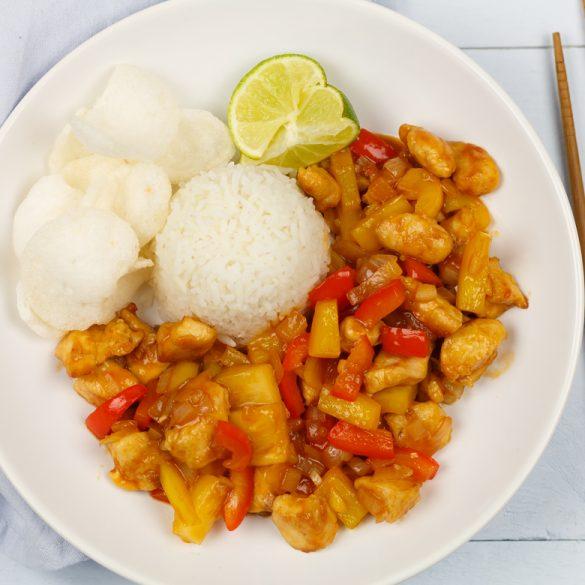 Chinese kip in zoetzure saus