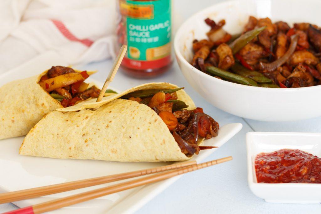 Chinese wrap met kip en groenten