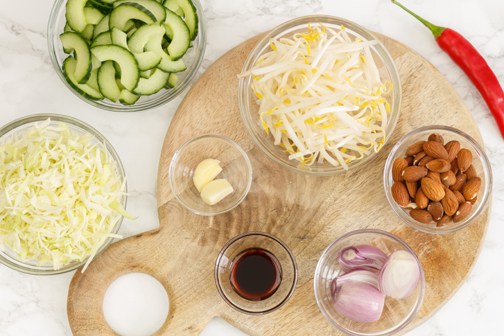 Indische salade maken