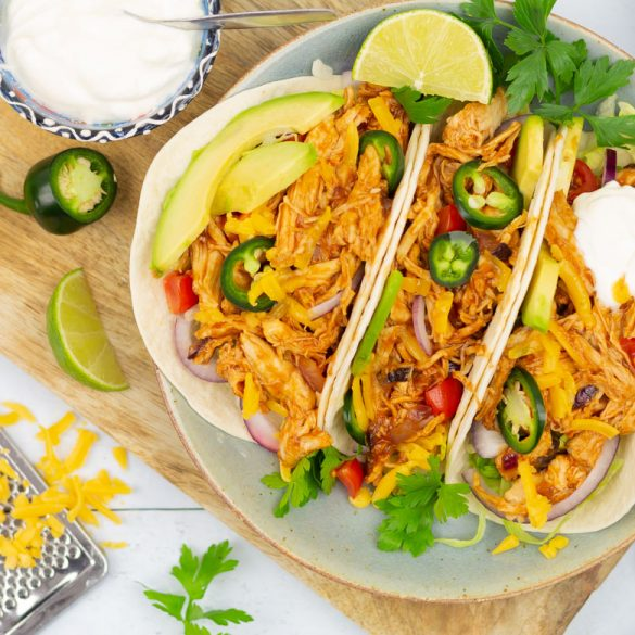 Pulled chicken taco's
