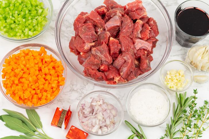 Spezzatino ingrediënten